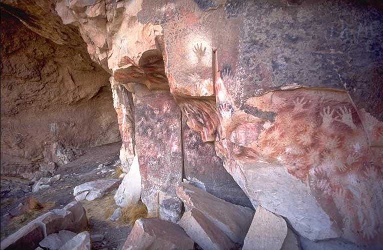 «Пещера рук», Аргентина
