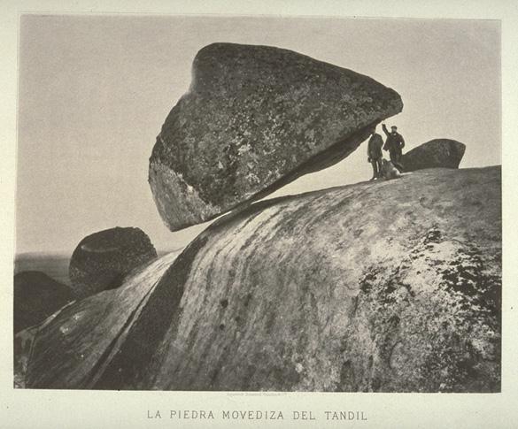 Камень Даваско (Davasko) или «Piedra Movediza», город Тандиль, Аргентина
