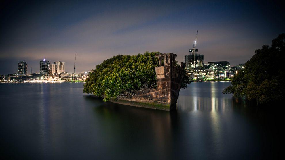 Заброшенное судно SS Ayrfield, корабль, плавающий мангровый лес, Сидней, Австралия