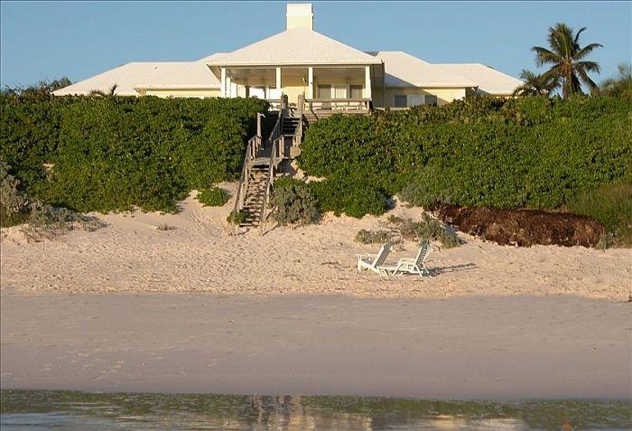 Розовый пляж на Багамах Необычные отели