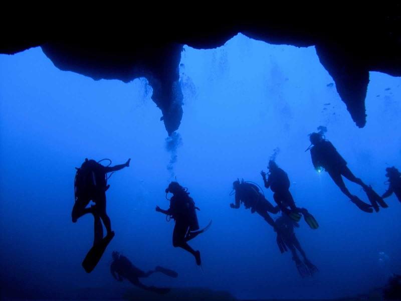 Большая голубая дыра, Великая синяя (Great Blue Hole), Лайтхаус-Риф, Белиз