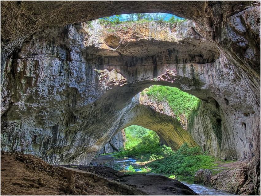 Пещера Деветашка (Devetashka Cave) Ловчен, Болгария
