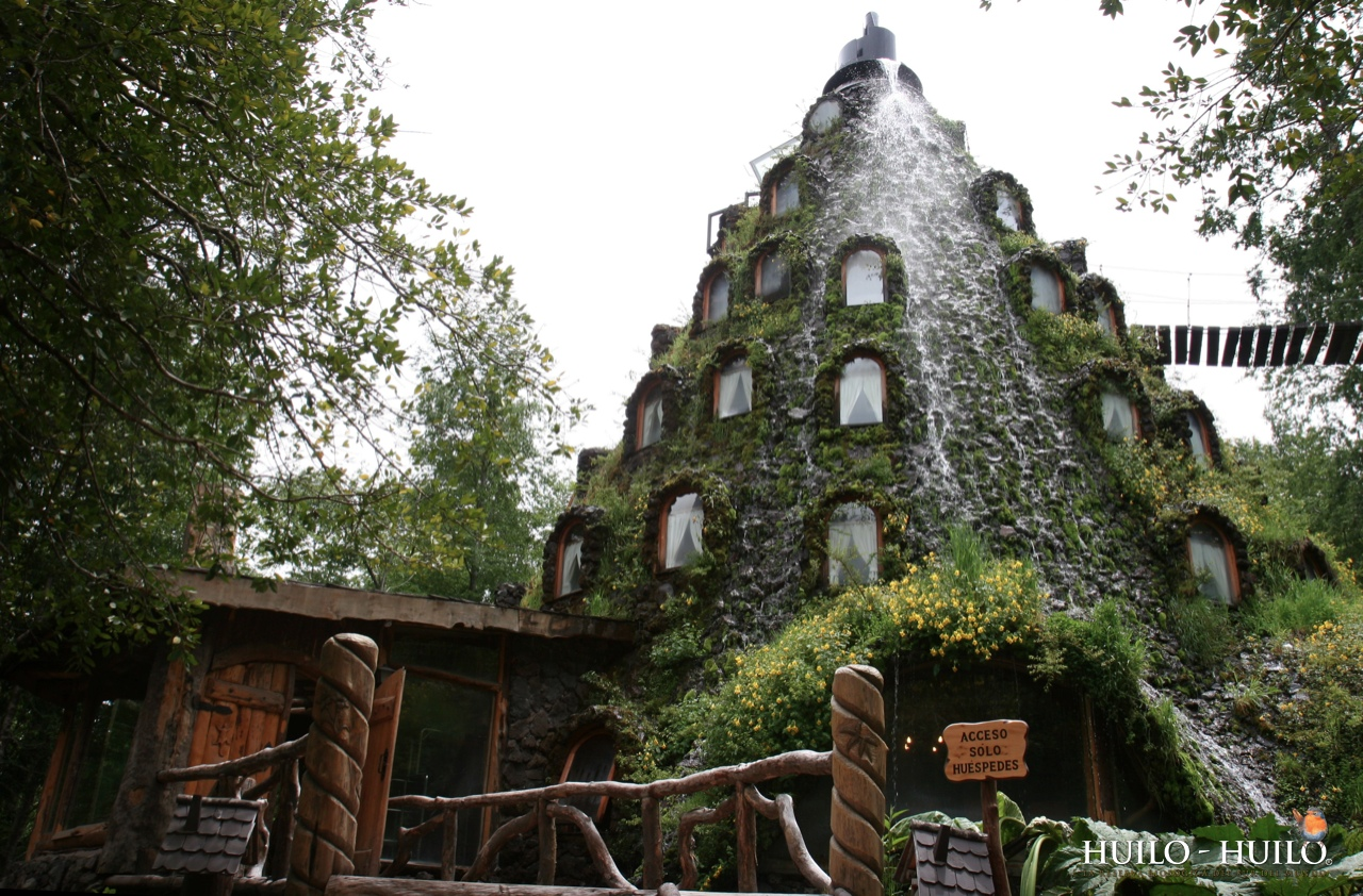 Отель Magic Mountain Lodge