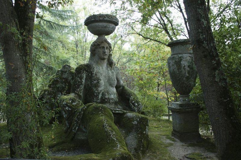 «Парк монстров» (Parco dei Mostri) или «Священный лес» (Sacro Bosco)