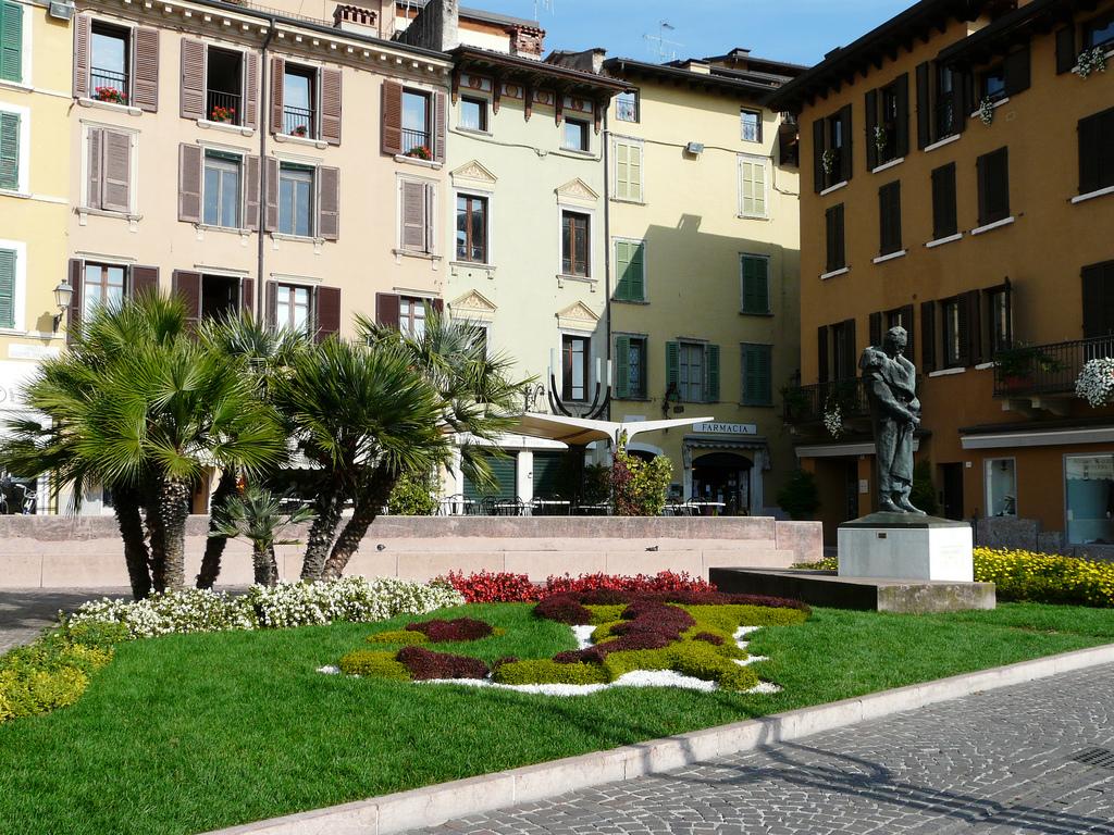 Сало, Италия