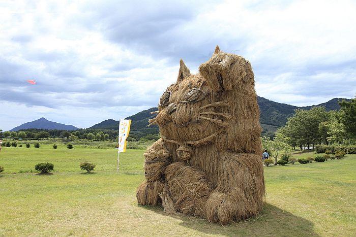 Скульптуры из соломы, Япония