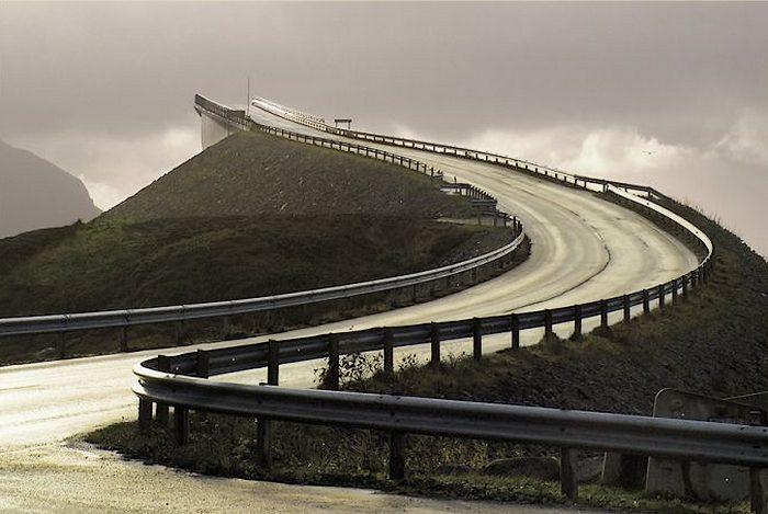 storseisundet-bridge-001.jpg