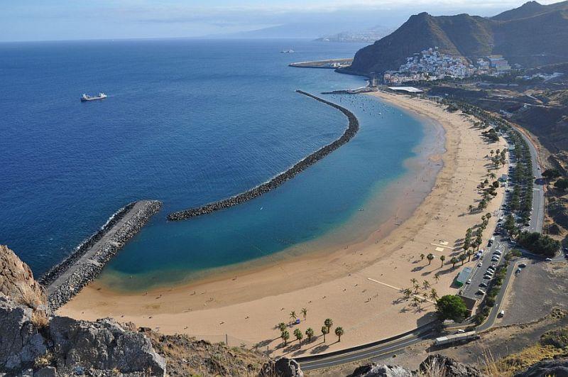 Плайя-де-лас-Тереситас (Playa de las Teresitas) остров Тенерифе, Испания