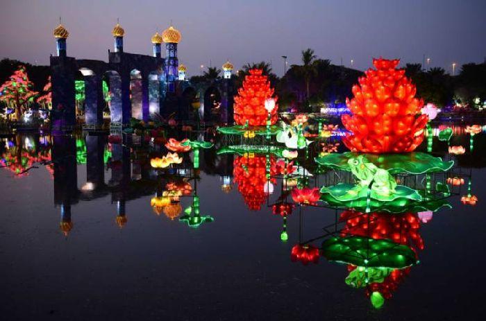 ���������� ��� � �����, Dubai Garden Glow, �����, ���, ���, ����