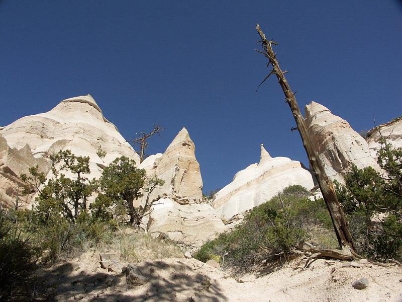 Каша-Катуве (Скалы-Палатки) в Нью-Мексико (США)
