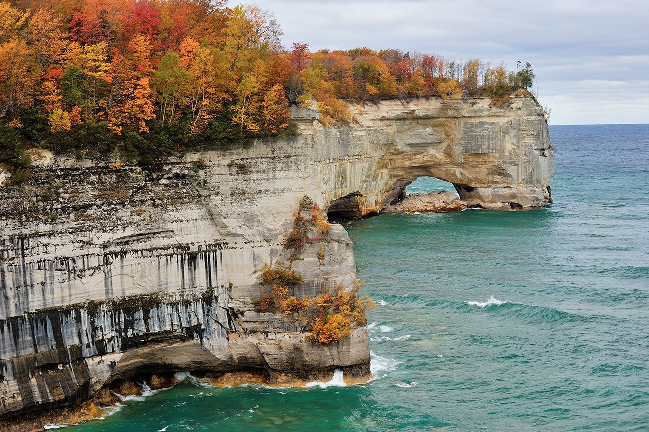 Пикчед Рокс Нешнел Лейкшор (Pictured Rocks National Lakeshore), штат Мичиган, США