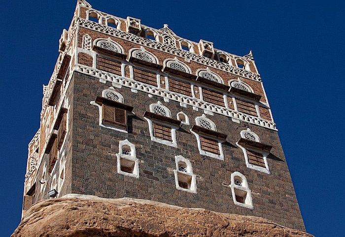 Дар-аль-Хаджар – дворец на скале (Йемен)