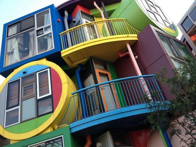 Жилой комплекс «обратимой судьбы» продлевающий жизнь, Япония